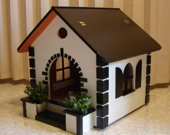 Wooden kennel Doghouse for dog or cat