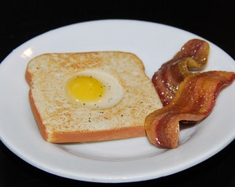 Egg In A Basket - Toad In A Hole With Bacon. Faux Real Food For American Girl Dolls.