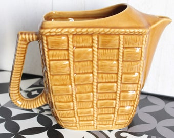 Pitcher or water way basket pot, from the 40s. France.