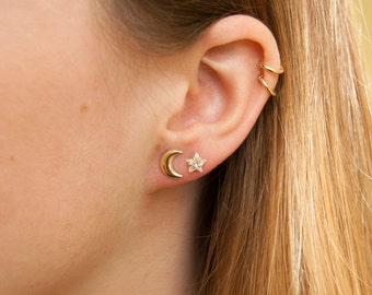 Star studs - cubic zirconia studs - gold star studs - gold earrings - small gold earrings - zodiac jewelry - constellation studs  - SF3003