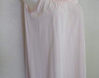 Mad Men Nightgown Gossard Artemis Pink Nightgown Sheer Nightgown  1970s Nightgown
