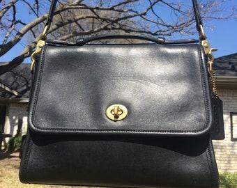 """SALE!! Coach """"Court"""" bag style 9870 Black"""