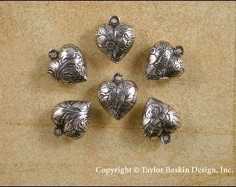 Antique Sterling Silver Plated Floral Pattern Puffed Heart Charm (item 2603 AS) - 6 Pieces
