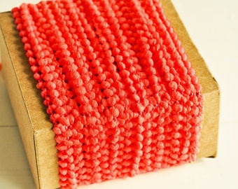 Petite Pom Pom Twine in Red - 6 Yards - Mini PomPom Christmas Novelty Twine Vintage Ribbon Cord Trim Pretty Petite Party Decor