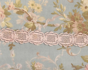Hand Dyed Venise Lace Dainty Floral Daisies  Blush Pink