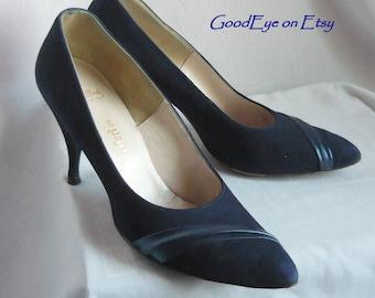 Vintage 60s Blue Suede n Leather Pumps / Size 8 Narrow Eur 38 .5 UK 5 .5 / Pointy Toe Skinny Heels / HANDMADE Shoes Thos Cort Ltd