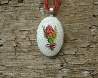 Red rose necklace, Romantic pendant, Embroidered jewelry, Floral jewelry, Rose charm necklace, Women gift for her, Birthday gift for women