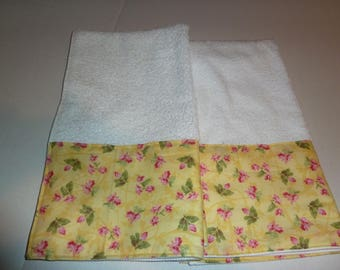 Buttercup Yellow Floral Hand Towels, Red Posies on Yellow, Decorative Hand Towels (Set of 2)  for Kitchen, Bath or Powder Room