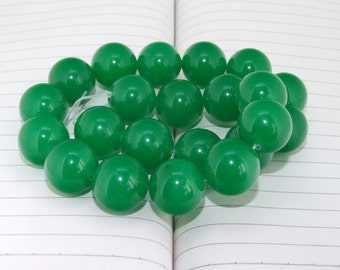 15inch  strand Round Big Green Jade Beads ----- 20mm ----- about 20Pieces ----- gemstone beads