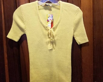 1970s MELLOW YELLOW TOP // Vintage Ribbed Lace Up Shirt Short Sleeve Western Sportswer Size S/M Summer Spring