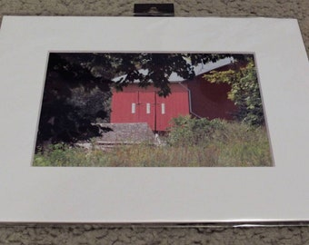 Photo of a red barn
