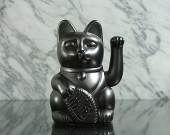 Maneki Neko / Lucky Cat / Waving Cat – Pewter effect