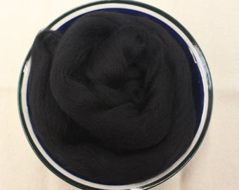 Black Merino Wool Roving - 1 oz - Nuno Felting / Wet Felting / Felting Supplies / Hand Felting / Needle Felting / Fiber Supply