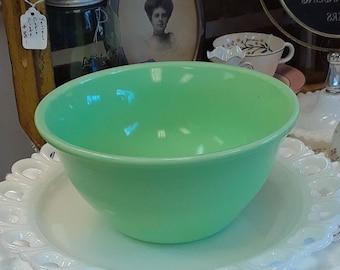 """Vintage McKee Jadeite Mixing """"Bell"""" Bowl!"""