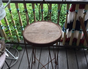 Vintage/Antique Ice Cream Parlor Chair Twisted Scrolled Metal Wood Seat