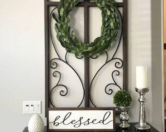Entryway Decor Magnolia Wreath , Size 18 or 24 Inches, Living Room Wall Decor, Magnolia Wreath, Living Room Decor, Greenery Decor
