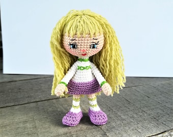 Crochet art doll amigurumi girl Tiny crochet gift for girl Human figure doll miniature crochet Pocket doll mini amigurumi toy beautiful doll