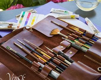 New Handmade Leather Case for Art Brush. Artist's Paint Brush Case Roll Holder. Case for watercolor oil paints Brushes Artist Tool Bag Gift