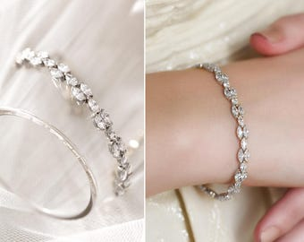 Cubic Zirconia Bracelet, Silver Swarovski Bracelet, Wedding Accessories, Bridal Jewelry, Mother of Bride Gift, CZ Crystal Bracelet, B249-S