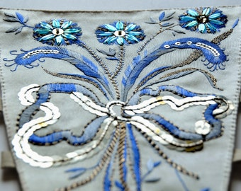 18th century stomacher robe a la francaise hand embroidery reenactment