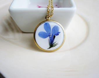 Blue Flower Necklace, Pressed Flower Necklace, Botanical Necklace, Resin Necklace, Blue Lobelia Necklace, Floral Necklace