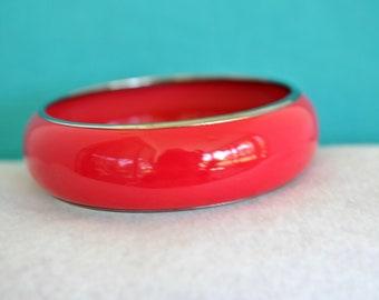 Pink Red Enamel Bangle Bracelet, Red Bangle, Pink Bangle, Wide Bangle, Chunky Bangle, Chunky Bracelet, Red Bracelet, Pink Bracelet 18-167