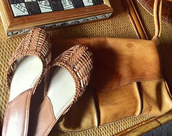 Vintage Eddie Bauer slip on sandals
