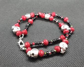 Red and Black Skull Bracelet, Iridescent Czech Beads, Iridescent beads, Black beads, Biker Jewelry, Handmade Bracelet, bracelet