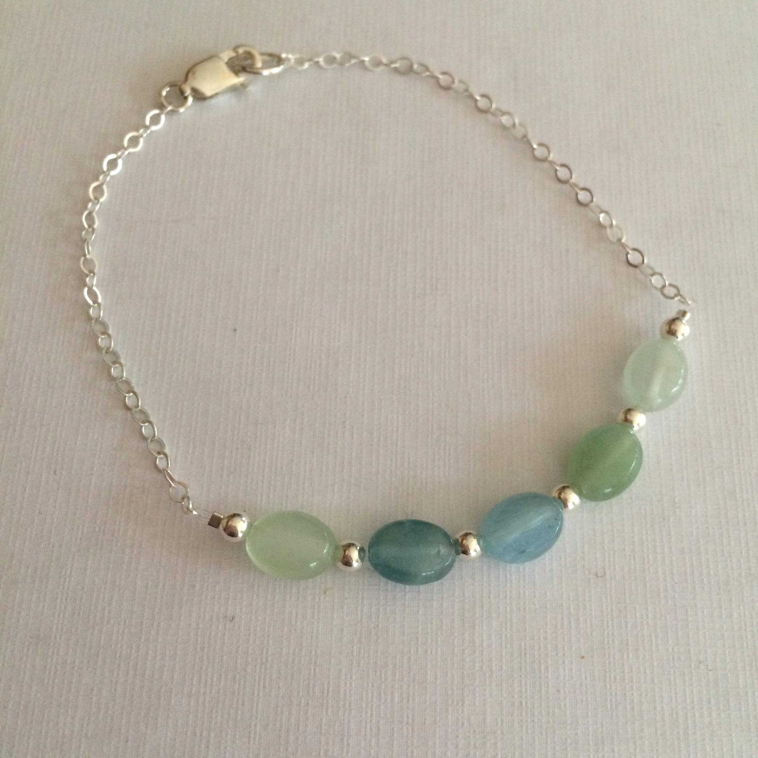 bead bracelet aquamarine product stretch