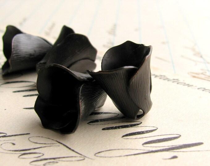 Small black tulip bead cap, black antiqued brass (4 black beadcaps) trumpet flower, aged dark patina, made in the USA BC-SV-017