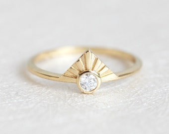 Diamond Ring, Engagement Ring, 14k Gold Ring, Statement Ring, Round Cut Diamond, Diamond Crown Ring, Solitaire Ring, Simple Ring, Unique