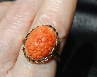 Carved Coral Ring, Natural, 10K Gold, Vintage Chinese Art Deco