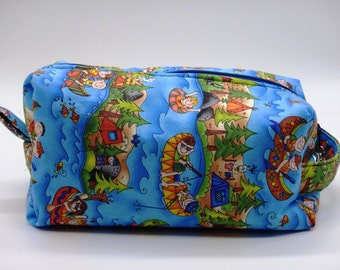 Happy Camper Travel Pouch, Camping Ditty Bag, Dopp Kit, Toiletry Bag, Camp Pencil Case, Makeup Bag, Zip Pouch, Gifts for Teens, Scouting