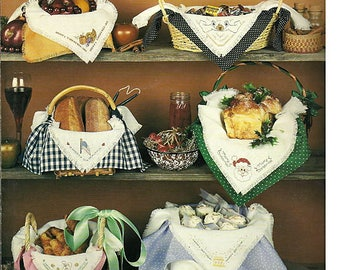 Holiday Bread Cloths / Cross Stitch Pattern Leaflet Leisure Arts 462