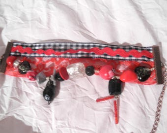 Beautiful Bangle red black white fabric vichy and pearls