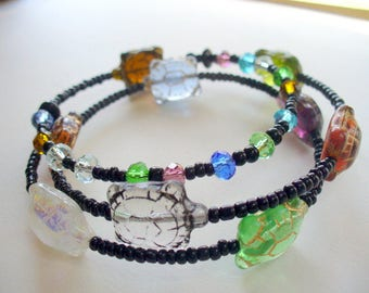 Turtles, Memory Wire Bracelet, Multi Color Turtle Bracelet, Wire Wrap Bracelet, Jewelry, Gift for Her, Black Glass Beads