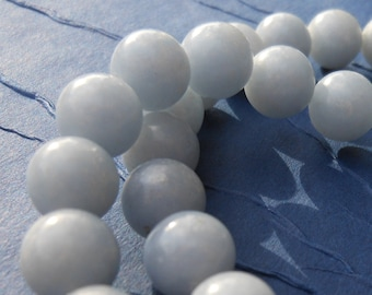 10 Pieces - 8mm -  Blue Quartz Semi Precious Gem Stone Round