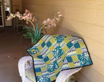 Teal chartreuse wall hanging table top quilt