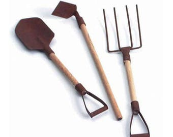 Miniature Garden Tools - Rusted - Spade, Hoe, and Fork - 5.5 inches -3 pieces per package