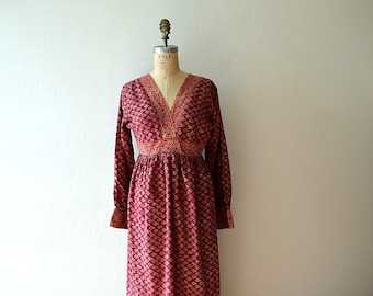 50% SALE . 1970s block print dress . vintage 70s India cotton dress