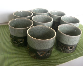 8 Somayaki Tea Cups With Crackle Glaze and Hand Painted With Gold Horses Free Shipping
