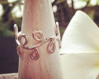 Leaf ring, silver leaf ring, vine ring, silver vine ring, silver ring, leaf ring silver, woodland ring, bohemian ring, leaf band ring