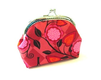 Metal frame purse with red pink flower cotton fabric, silver kiss lock clasp black leaves frame clutch bag, frame makeup bag, change pouch