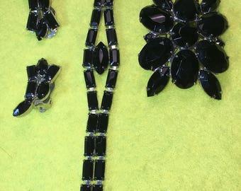 "Breathtaking Vintage 3 piece Onyx-Ebony Bracelet, Earings and Pin/Brooch /7"" /Clip on / Fine Craftsmanship /Like New Condition  <>#BCEB-491"