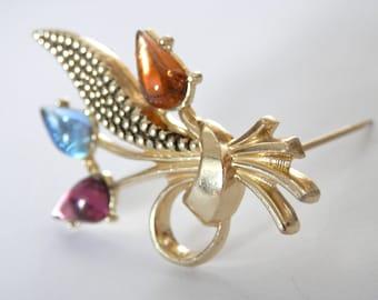 Beautiful Vintage 1960s Brooch, Floral Flower Jewellery