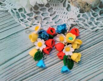 daisy earrings, cornflower earrings, chandelier earrings, gift for her, bridesmaids earrings, daisy bridal jewellery, red jewellery, flower