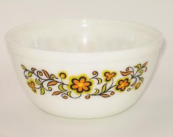 Vintage 70s JAJ Pyrex bowl