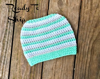 Messy Bun Ocean Light Gray and White Messy Bun Crochet Hat Beanie Women's Crochet Hat Winter Accessories Gifts For Her