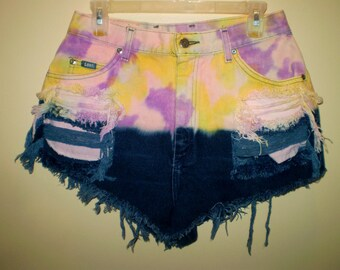 """A Psychedelic Sunset"""" Ombre High Waist Shorts LEE VINTAGE"""