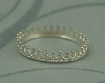 Sterling Silver Princess Crown Ring--Crown Wedding Band--Crown Stacking Ring--Choice of Polished or Oxidized Silver